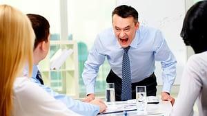 A alta rotatividade de funcionários é uma das principais consequências de uma liderança despreparada - Foto: Divulgação